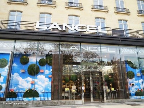 avenue des champs elysees in paris. Black Bedroom Furniture Sets. Home Design Ideas