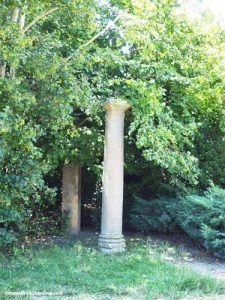 La-Gaufresenque-near-Millau-vestiges-Roman-temple