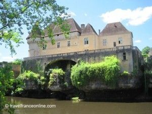 Chateau-de-Losse-on-the-Vezere