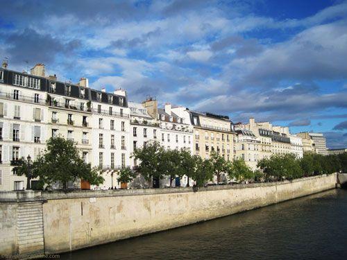 Ile saint louis island in historic paris - Hotel ile saint louis ...