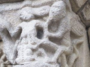 St Sauveur Basilica sculptures