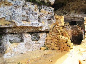 Madeleine-troglodyte-dwelling-Dordogne