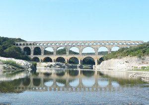 500px-Pont_du_gard_v1_082005