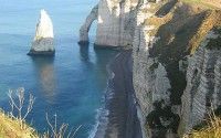 Etretat – Cliffs along the Alabaster Coast
