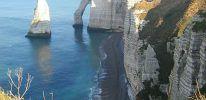 Etretat – Cliffs along the Alabaster Coast