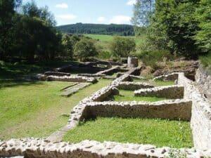 Ruines-des_Cars_2