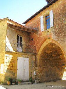 Porte Saint-Louis in Cadouin - Perigord