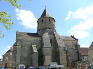500px-Saint-Robert_-_Eglise_-2