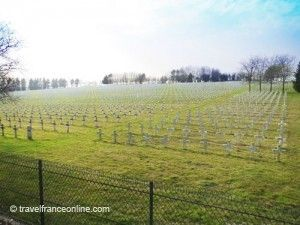 La-Targette-French-Cemetery-Neuville-Saint-Vaast-