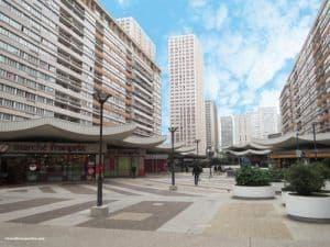 Esplanade-des-Olympiades-La-Pagode-Paris-Chinatown