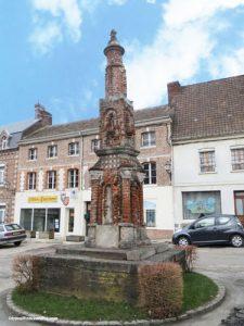 Croix du Bourg in Crécy-en-Ponthieu