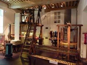 Atelier_de_canut_a_la_Maison_des_canuts