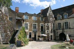 Angers_-_Chateau_-_Logis_du_gouverneur