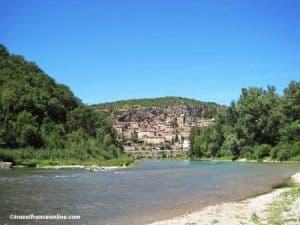 Peyre-village-in-Tarn-Valley-