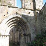Ile Chauvet Abbey - Church vaulted entrance
