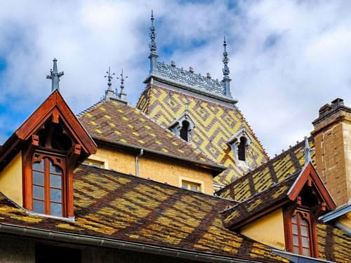 Hospices de Beaune - Polychromatic roofs