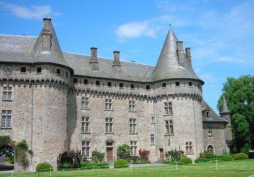 A to z nouvelle aquitaine for Chateau de la chaise